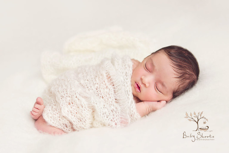Guildford newborn photographers